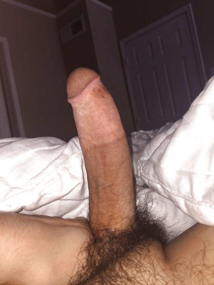 bogoss gay longue et grosse bite